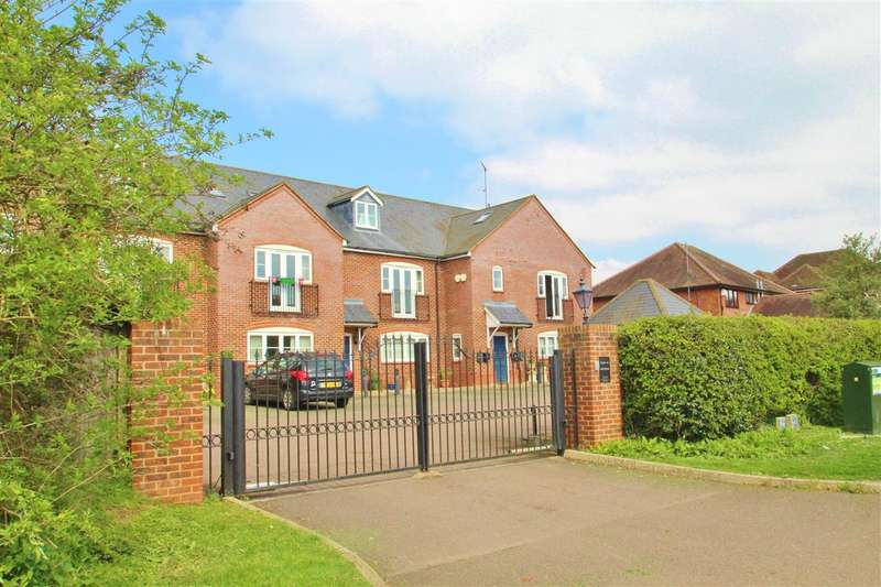 3 Bedrooms Duplex Flat for sale in Oakfields, 4 Verney Road, Winslow
