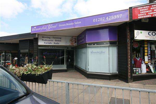 Commercial Property for rent in Yorkshire Street, Burnley