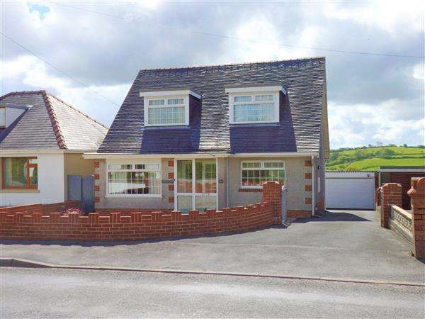 3 Bedrooms Detached Bungalow for sale in Bethania Road, UPPER TUMBLE, Llanelli