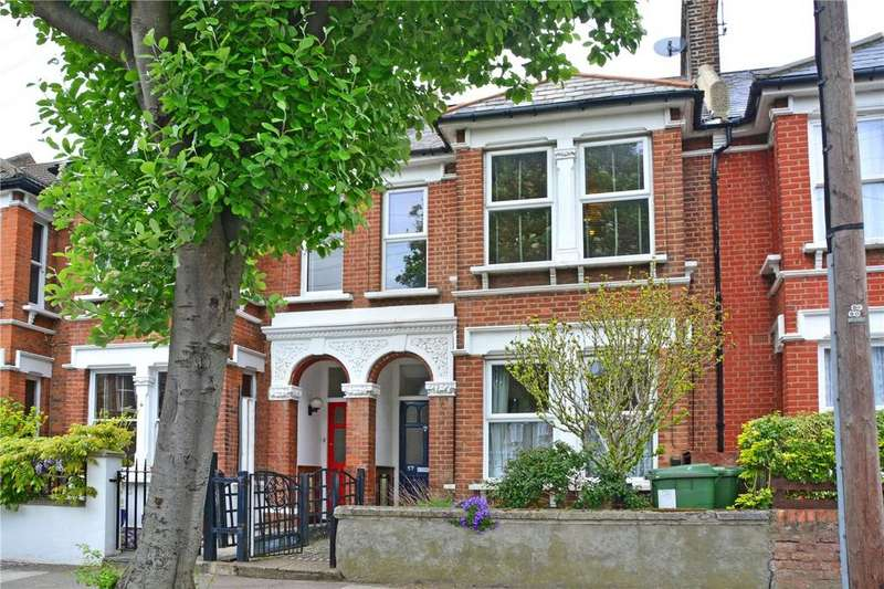 2 Bedrooms Flat for sale in Craigerne Road, Blackheath, London, SE3
