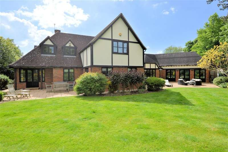 4 Bedrooms Detached House for sale in Burghfield Bridge Close, Burghfield, Reading, RG30