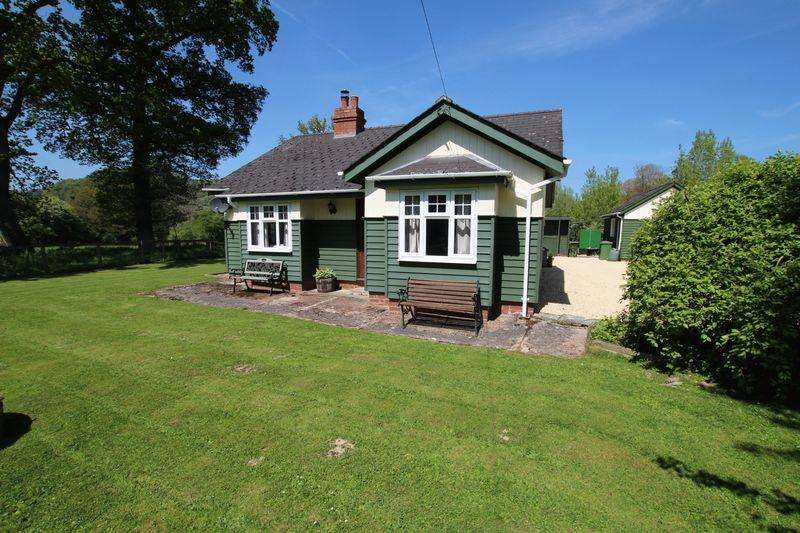 3 Bedrooms Bungalow for sale in CHECKLEY