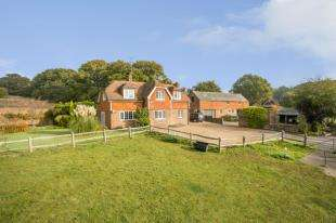 3 Bedrooms Detached House for sale in St. Marys Lane, Bexhill-On-Sea, East Sussex