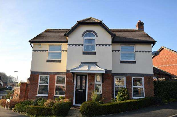 4 Bedrooms Detached House for sale in Old Bystock Drive, Exmouth, Devon
