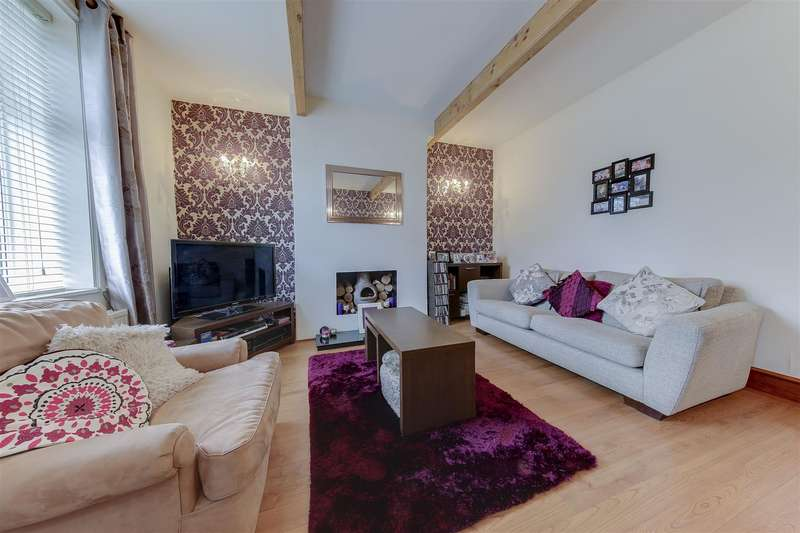 2 Bedrooms Property for sale in Nuttall Lane, Ramsbottom, Bury