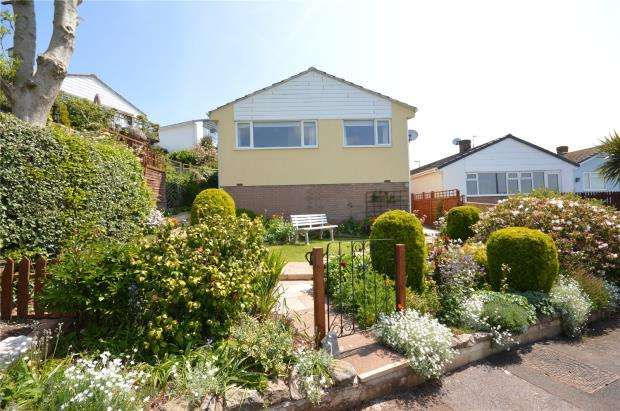 3 Bedrooms Detached Bungalow for sale in Dunning Walk, Teignmouth, Devon