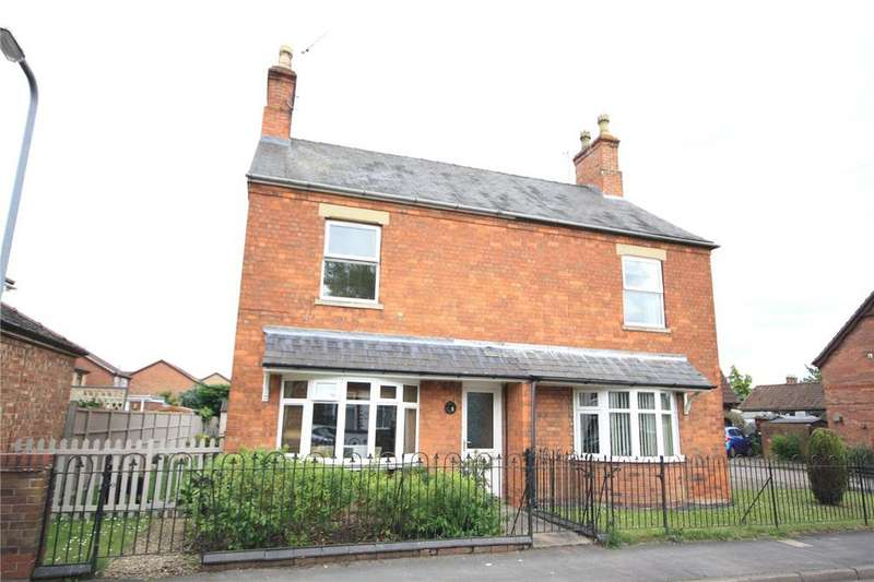 3 Bedrooms Semi Detached House for sale in Eastgate, Heckington, Sleaford, Lincs, NG34