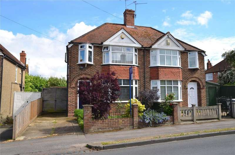 3 Bedrooms Semi Detached House for sale in Osborne Road, Reading, Berkshire, RG30