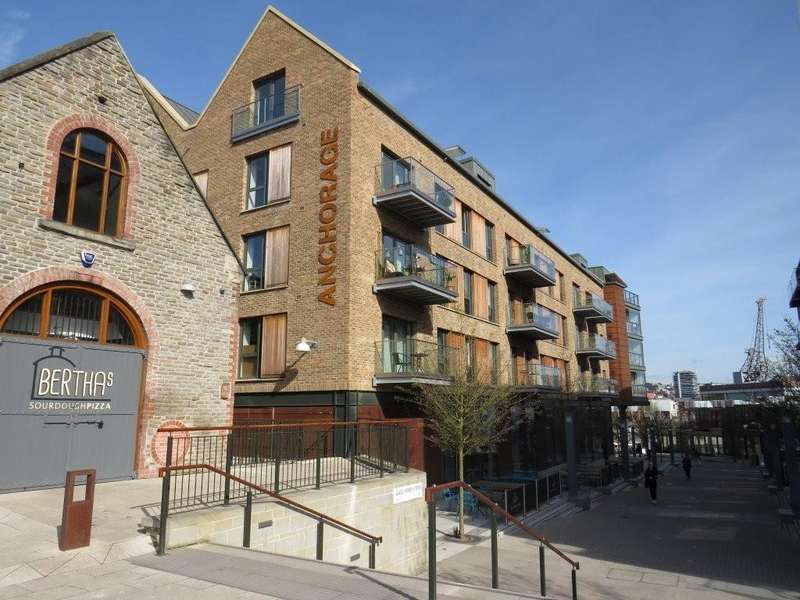 2 Bedrooms Apartment Flat for rent in Harbourside, Anchorage, BS1 4RN