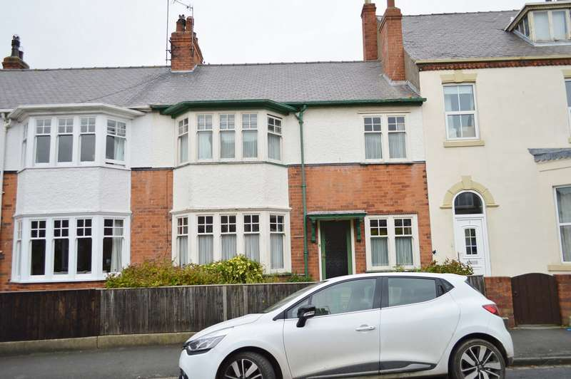 4 Bedrooms Terraced House for sale in Burton Road, Hornsea, East Riding of Yorkshire