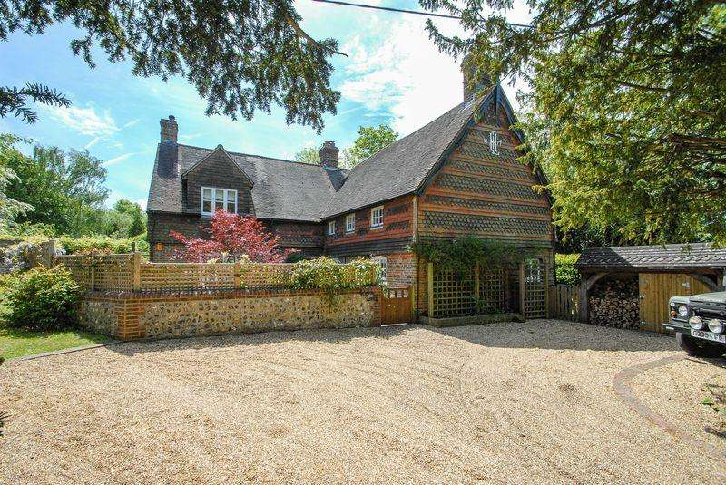 5 Bedrooms Detached House for sale in Lewes Road, Westmeston