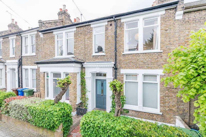 4 Bedrooms Detached House for sale in Tresco Road, Nunhead, SE15