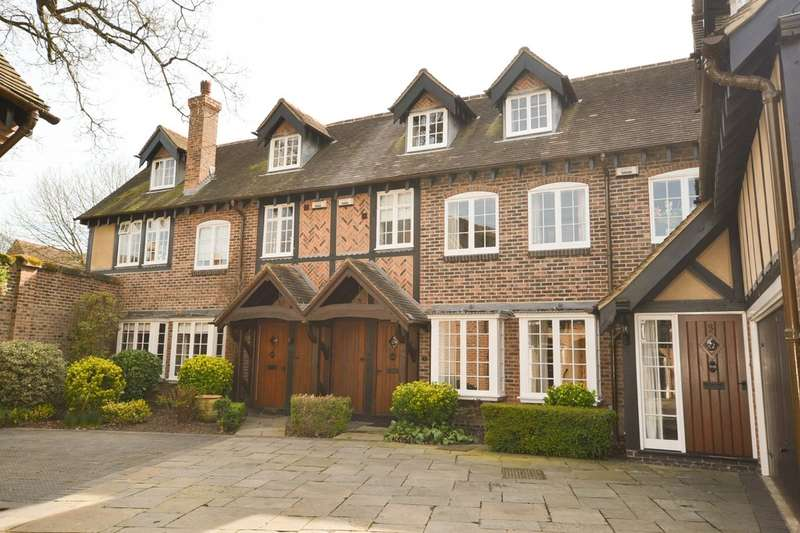 3 Bedrooms Town House for sale in The Courtyard, Bridge End , Warwick