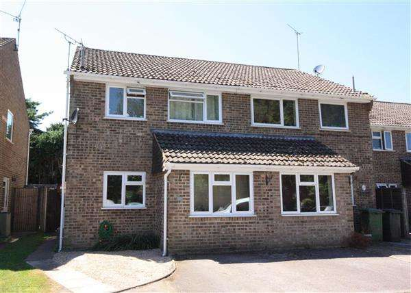 3 Bedrooms Property for sale in Gorsedown Close, Whitehill