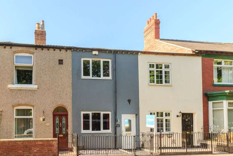 2 Bedrooms Terraced House for sale in Thompson Street West, Darlington, DL3