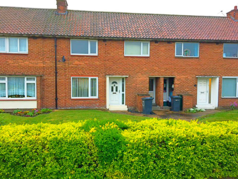 3 Bedrooms Terraced House for sale in Eden Avenue, Selby