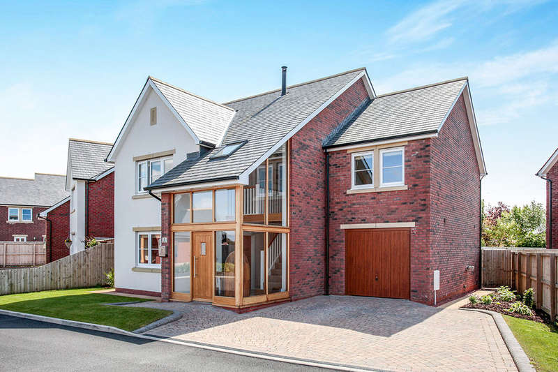 4 Bedrooms Detached House for sale in Hillcroft, Thurstonfield, Carlisle, CA5