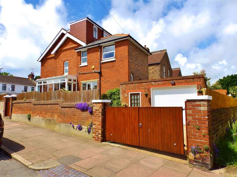 5 Bedrooms Terraced House for sale in Motcombe Road, Eastbourne