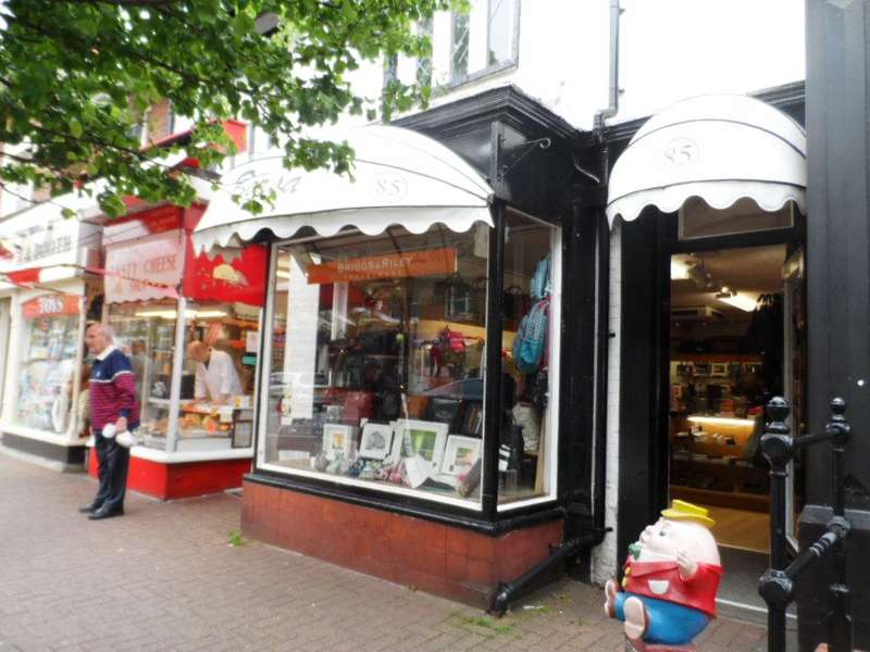 Retail Property (high Street) Commercial for sale in Clifton Street, Lytham St annes, FY8 5ER