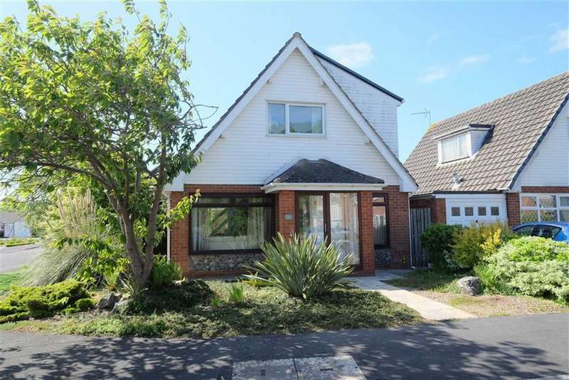 3 Bedrooms Property for sale in Forest Drive, Lytham