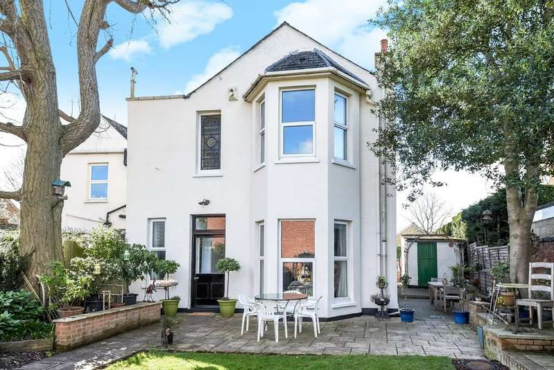 4 Bedrooms Semi Detached House for sale in Hewlett Road, Cheltenham