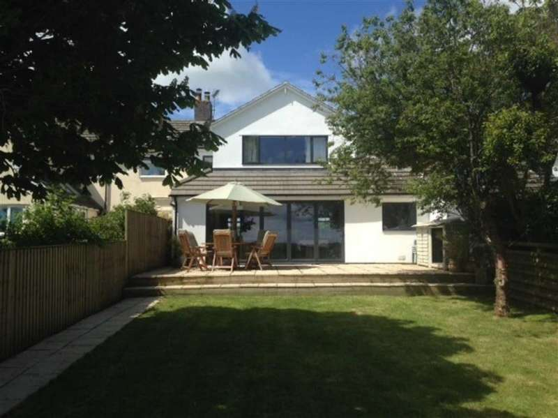 4 Bedrooms Semi Detached House for sale in Cattwg Cottages, Llancarfan