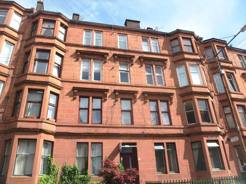 3 Bedrooms Flat for rent in White Street, Partick, Glasgow