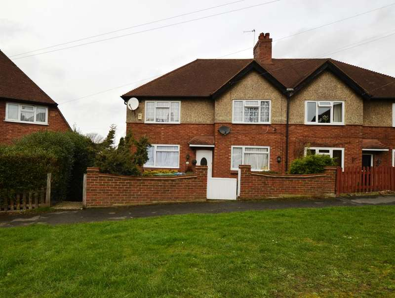 3 Bedrooms Maisonette Flat for sale in Campfield Road Eltham SE9