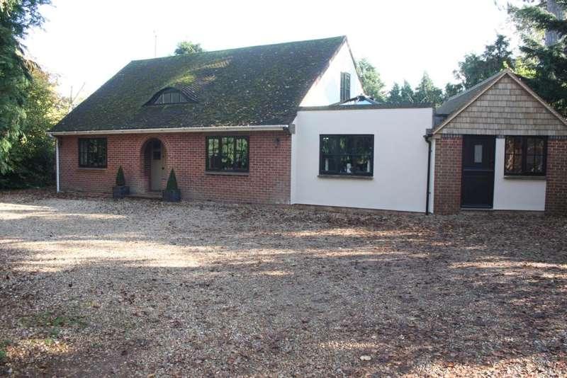 3 Bedrooms Detached House for sale in Sandford Lane, Woodley, Reading, RG5