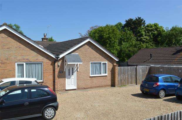 3 Bedrooms Semi Detached Bungalow for sale in Cheddon Road, Taunton, Somerset