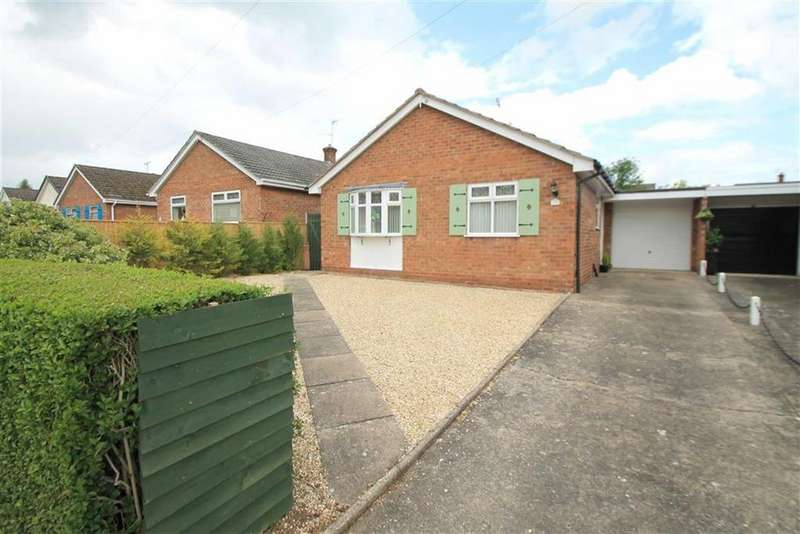 2 Bedrooms Detached Bungalow for sale in Norfolk Road, Borras, Wrexham
