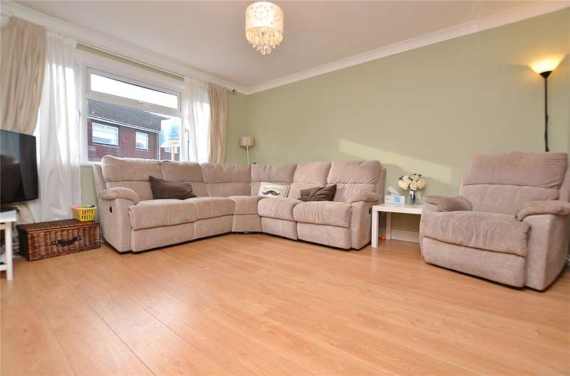3 Bedrooms Semi Detached House for sale in Off Wentworth Road, High Barnet, Hertfordshire, EN5