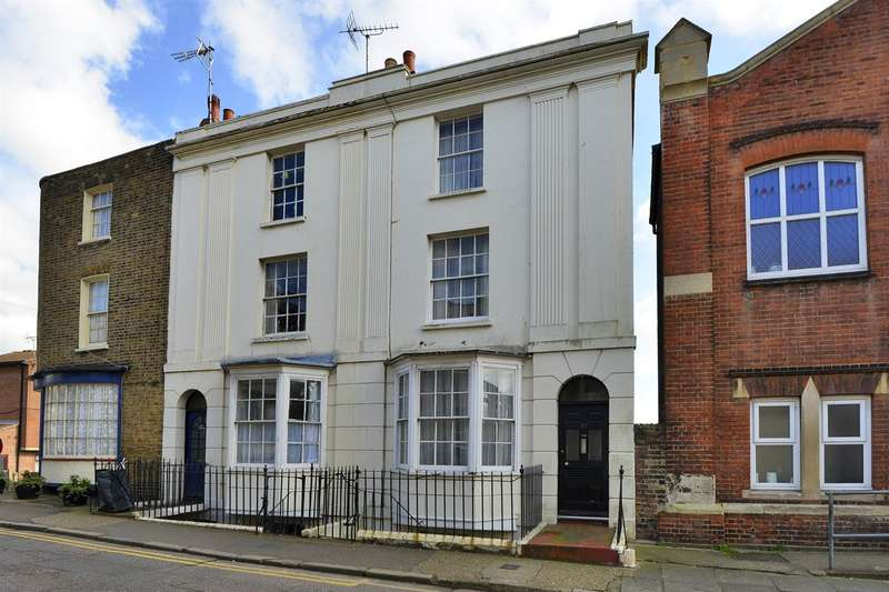 3 Bedrooms Terraced House for sale in Hardres Street, Ramsgate