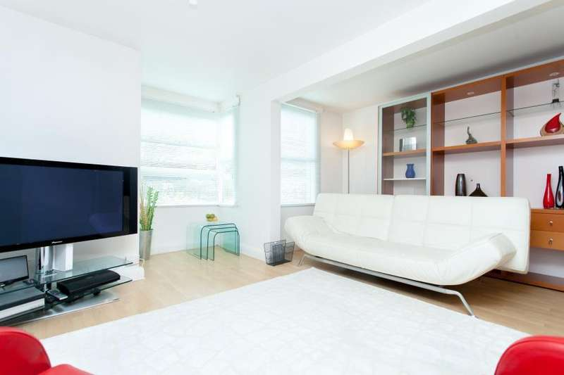 2 Bedrooms Apartment Flat for sale in Kestrel House - SW11