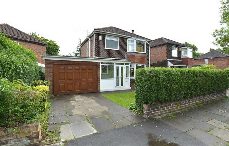 3 Bedrooms Detached House for sale in Lansdowne Road, FLIXTON, Manchester