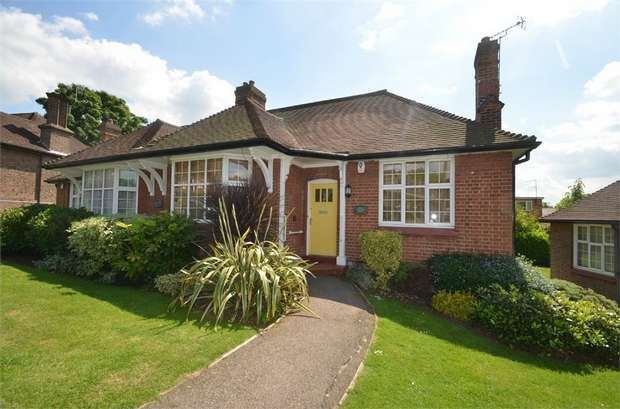 2 Bedrooms Semi Detached Bungalow for sale in Chalet Estate, Hammers Lane, Mill Hill, NW7