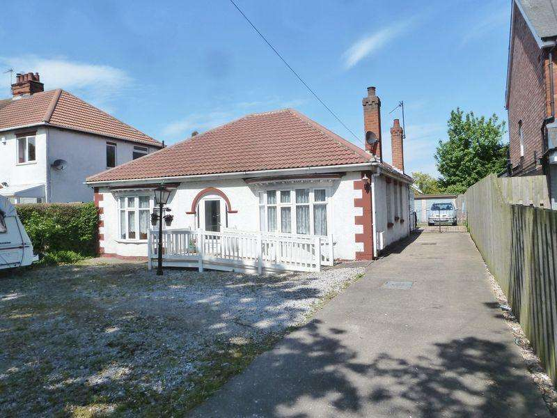 4 Bedrooms Bungalow for sale in Burgh Road, Skegness