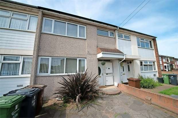 3 Bedrooms Terraced House for sale in Ridgewell Close, Dagenham, Essex