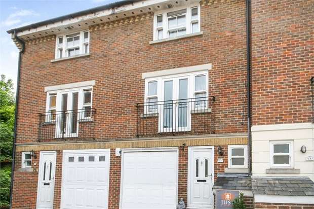 5 Bedrooms Terraced House for sale in Speckled Wood, Hastings, East Sussex