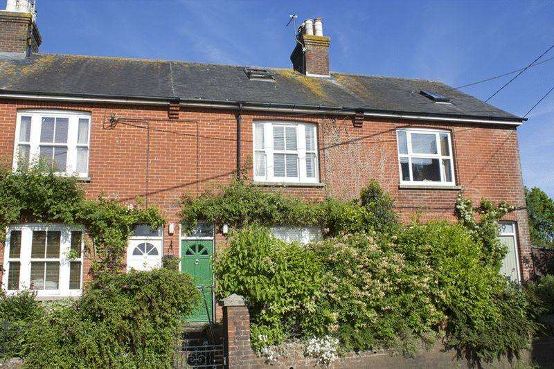 3 Bedrooms Terraced House for sale in College Lane, Hurstpierpoint, Hassocks
