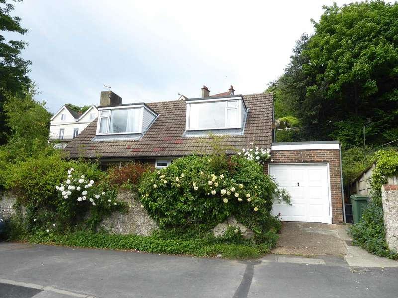 2 Bedrooms Detached House for sale in Spences Lane, Lewes