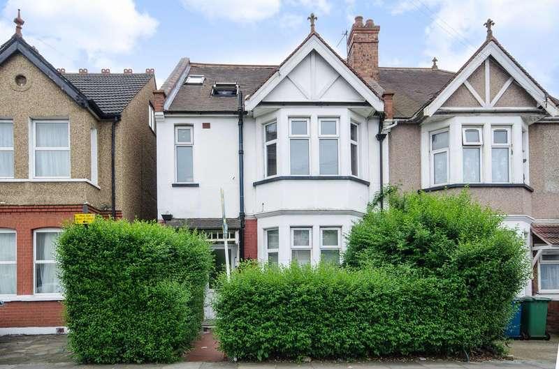 2 Bedrooms Flat for sale in Locket Road, Wealdstone, HA3