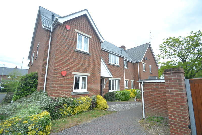 2 Bedrooms Ground Flat for sale in Ringwood, Hampshire