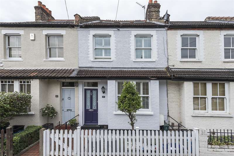3 Bedrooms Terraced House for sale in Andover Road, Twickenham, TW2