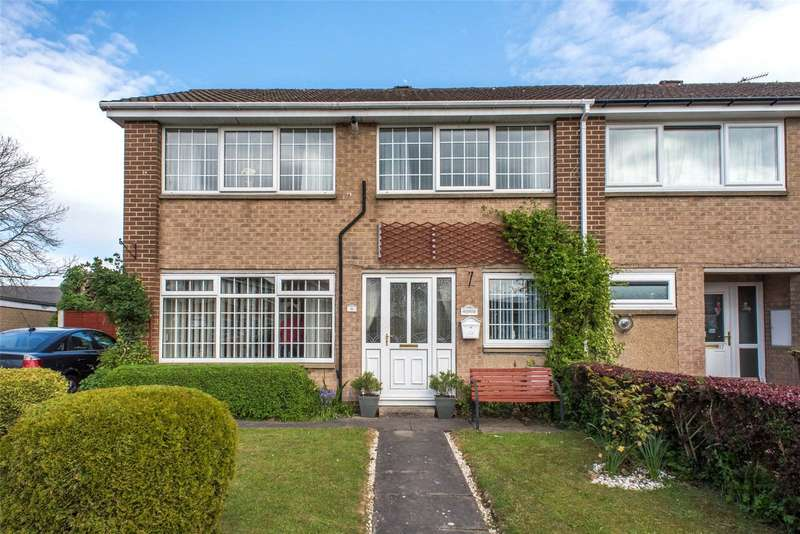3 Bedrooms House for sale in Law Close, Wetherby, West Yorkshire, LS22
