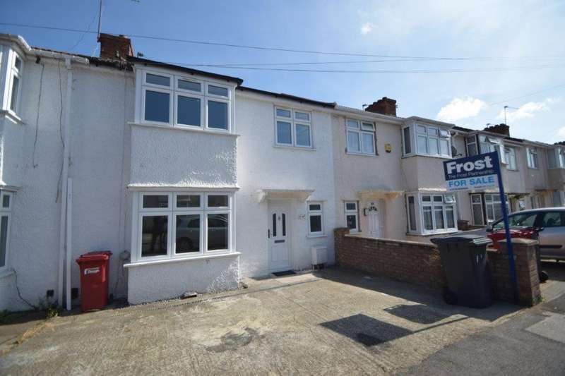 3 Bedrooms Terraced House for sale in Richmond Crescent, Slough, SL1