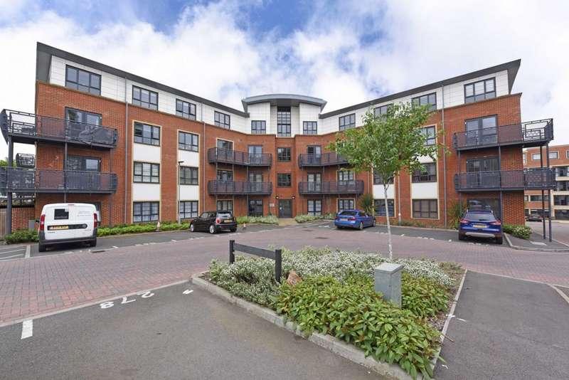 1 Bedroom Apartment Flat for sale in Wallis Square, Farnborough, GU14
