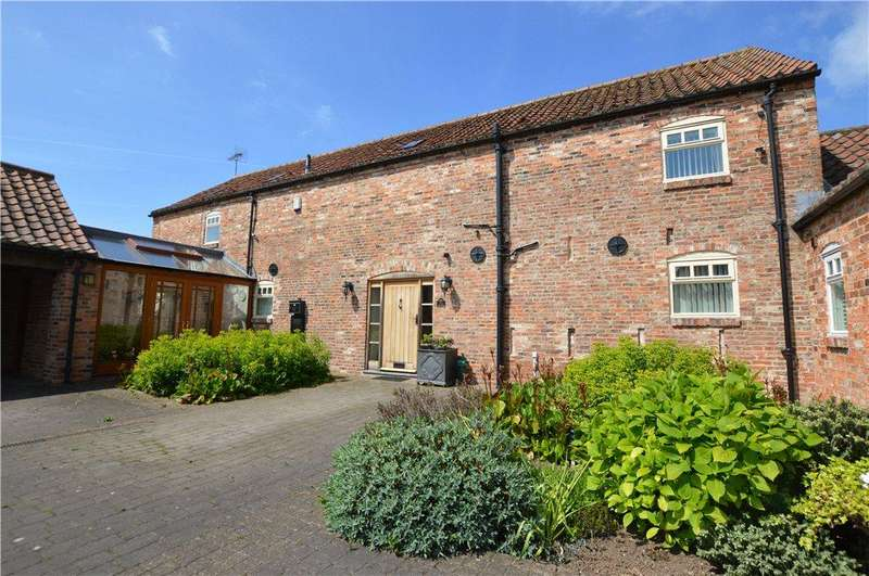 4 Bedrooms Detached House for sale in The Barn, Gowlands Farm, York Road, Green Hammerton, York