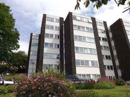 1 Bedroom Flat for sale in Lower Warberry Road, Torquay, Devon