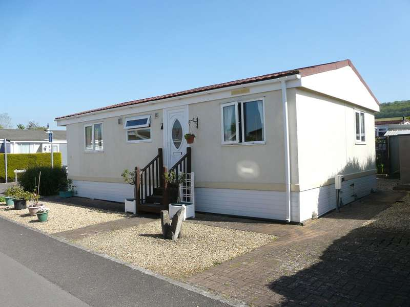 2 Bedrooms Mobile Home for sale in New Road, Summer Lane Park Homes, Banwell